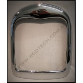 1928 / 29 FORD GRILLE SHELL - SMOOTH - CHROME ( no radiator cap in surround )
